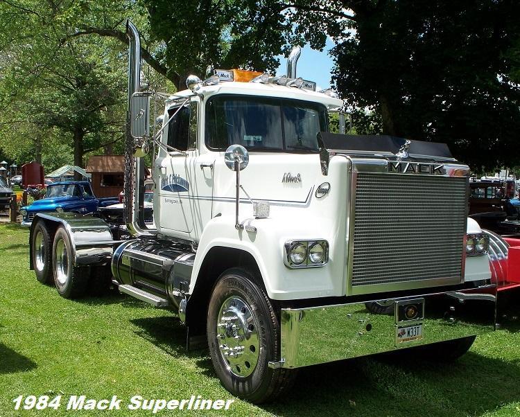 1984 Mack Superliner - Copy.JPG