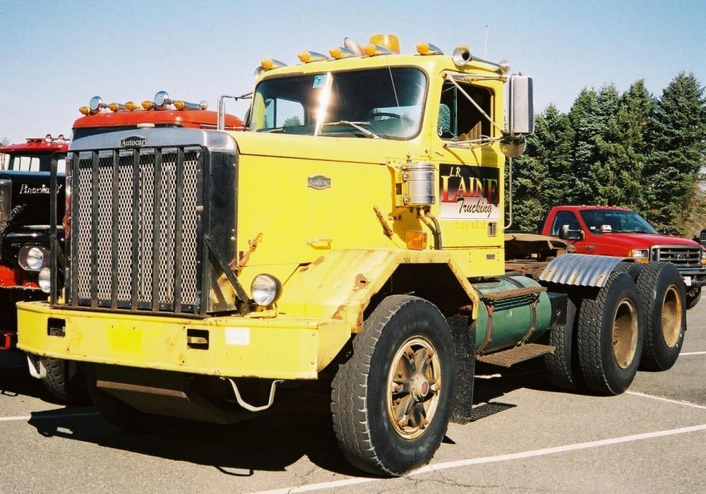 Autocar Tractor WMS 2011 - Copy.jpg