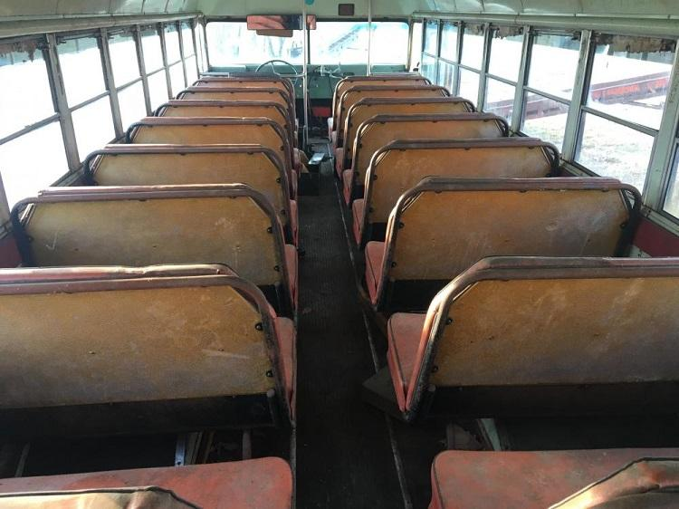B30B Mack school bus 1 - Copy.jpg