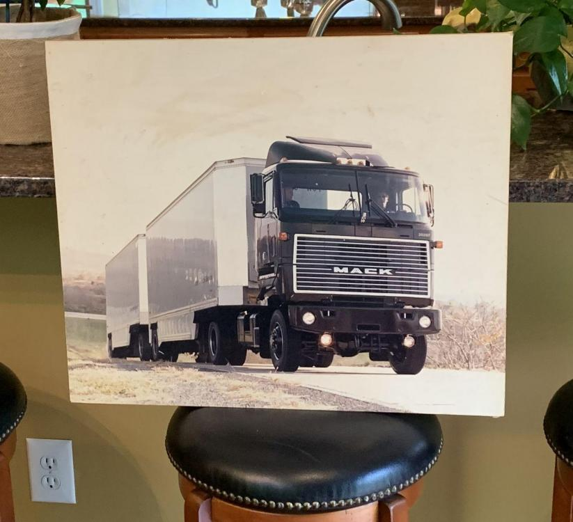Mack_MH_4x4_No2.jpg