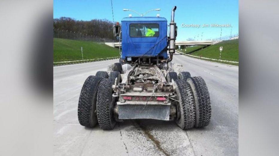 truck4.jpg.dd6e092323101f9d17c70e925b4e1c2f.jpg